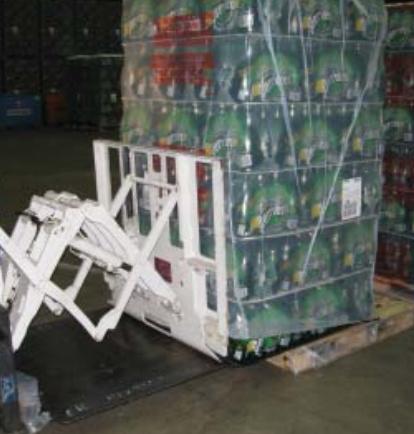 叉车推拉式附件用于饮料行业